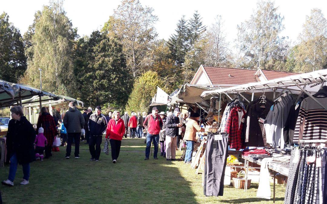Välbesökt Höstmarknad i Backaryd